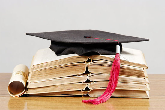 Can Working Full Time and Pursuing a Master's Degree Coexist?